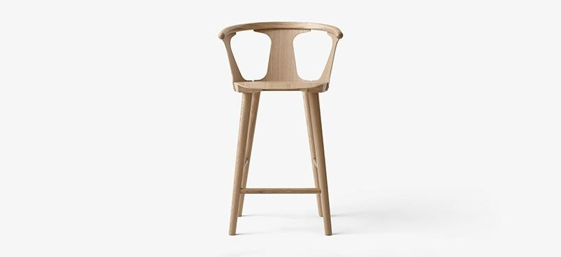 &Tradition In Between Counter Stool SK7 · Eg hvidolieret