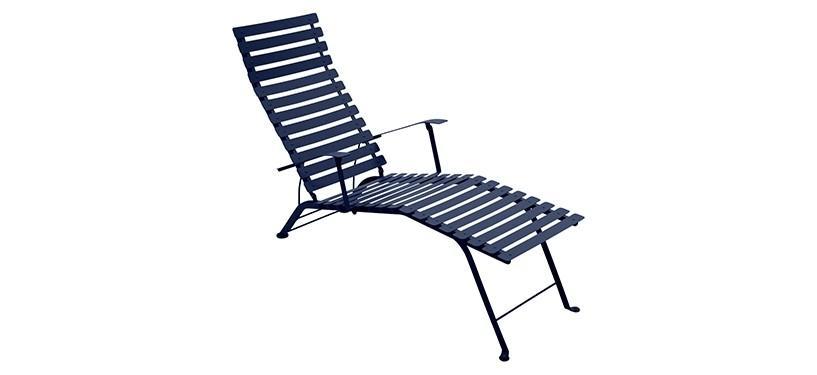 Fermob Bistro Chaise Longue · Deep Blue