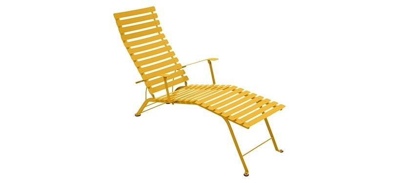 Fermob Bistro Chaise Longue · Honey
