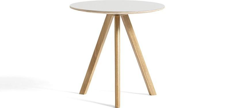 HAY Copenhague Table CPH20 · Ø90 x H74 · Eg klar lak · Linoleum