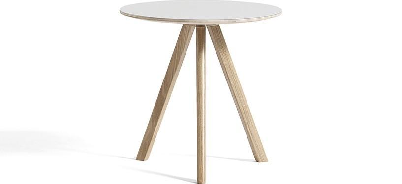 HAY Copenhague Table CPH20 · Ø90 x H74 · Eg sæbebehandlet · Linoleum