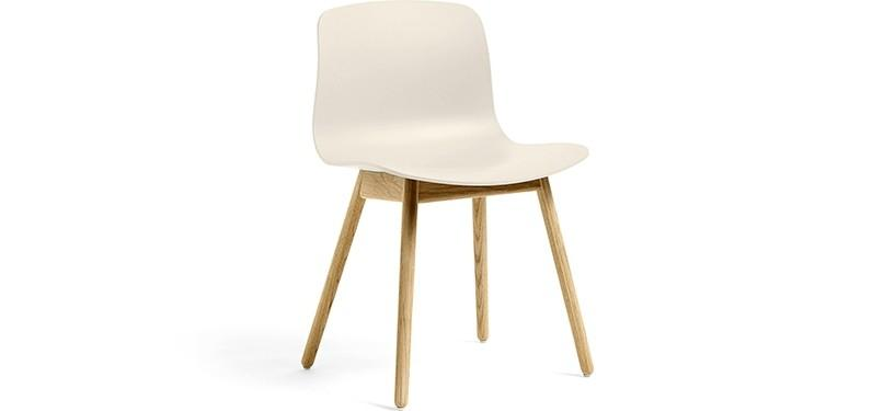 HAY About a Chair AAC12 · Cream white · Eg klar lak