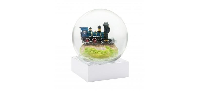 CoolSnowGlobes Train