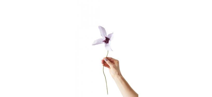 Studio About Paper Flower Grand Dahlia